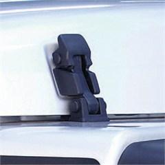 Black Hood Catch/Bracket Set - Jeep Wrangler TJ and LJ 1997-2006