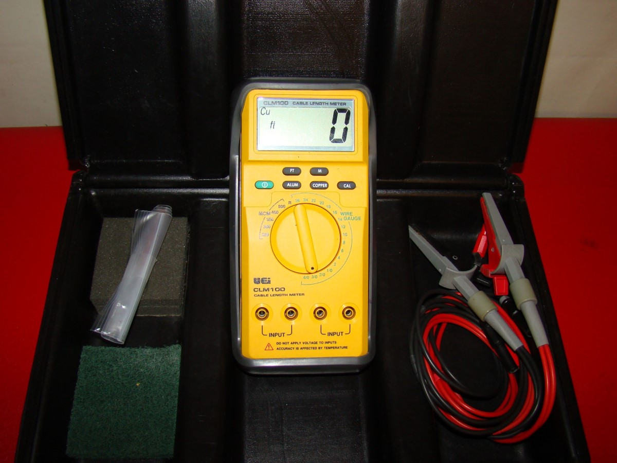 UEI CLM100 Cable Length Meter with leads and hard case