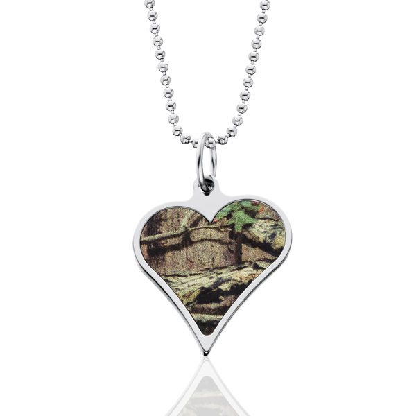 Realtree Camo Heart Necklace