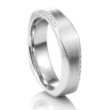 COGE Faceted Palladium Ring with Diamonds