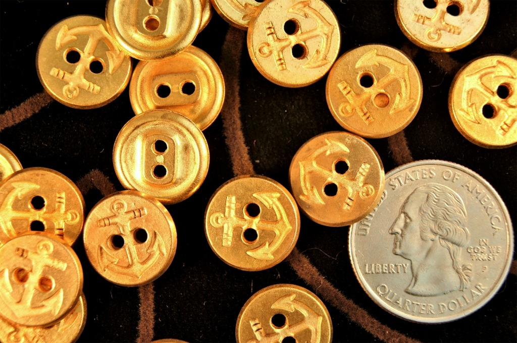 Gold Anchor 2 Hole Metal Buttons