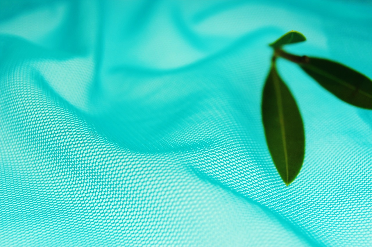 Bright Turquoise Soft Tulle Fabric Wholesale