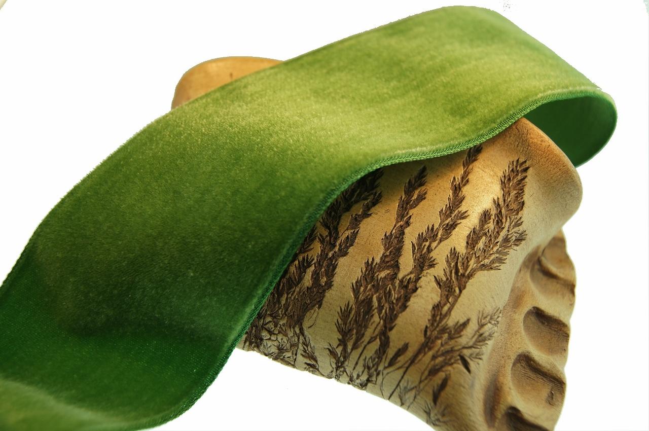 Green Leaf French Velvet Ribbon
