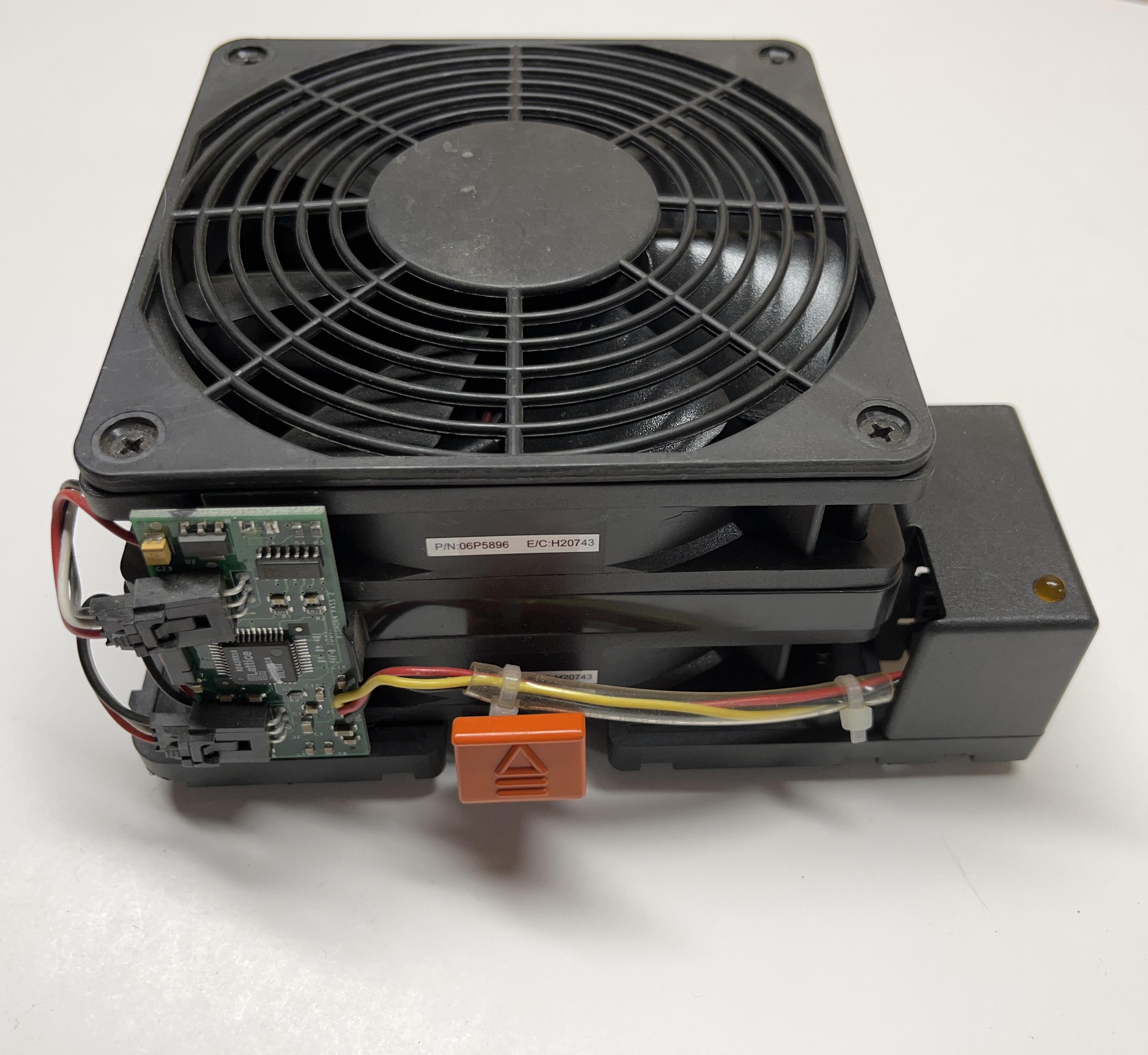 IBM Fan WFB1212HH 21P9600 Replacement Fan