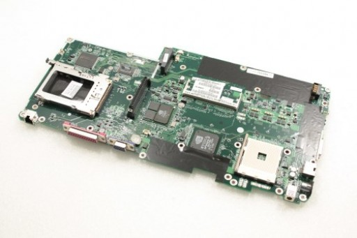 CPQ MB - Full-featured with IEEE 1394 and integrated 5-in-1