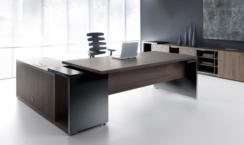 Modern Office Desk - UTM